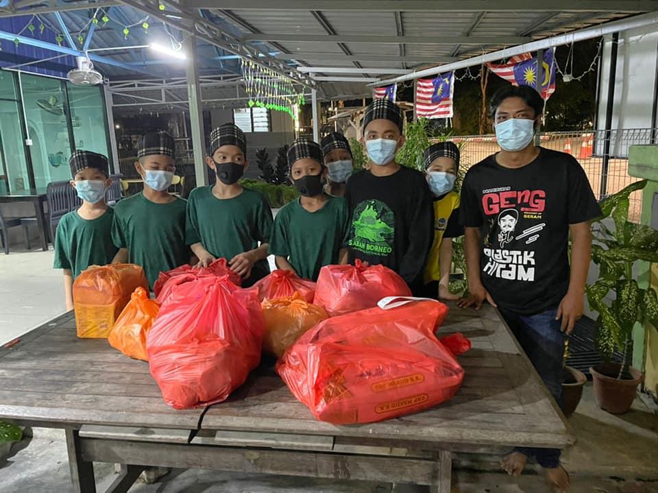 'Peragut' Wan Maimunah Kini Giat Ragut Pahala Sambil Bisnes Sambal Ragut 1