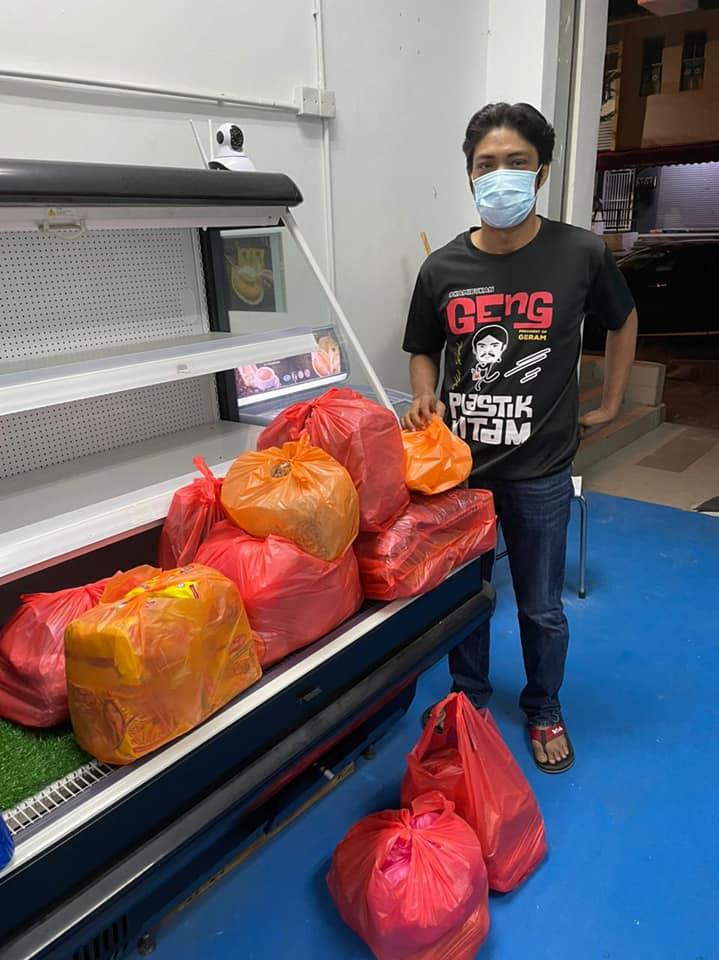 'Peragut' Wan Maimunah Kini Giat Ragut Pahala Sambil Bisnes Sambal Ragut 2