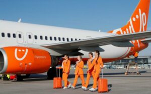 SkyUp Airlines Pramugari Pantsuit